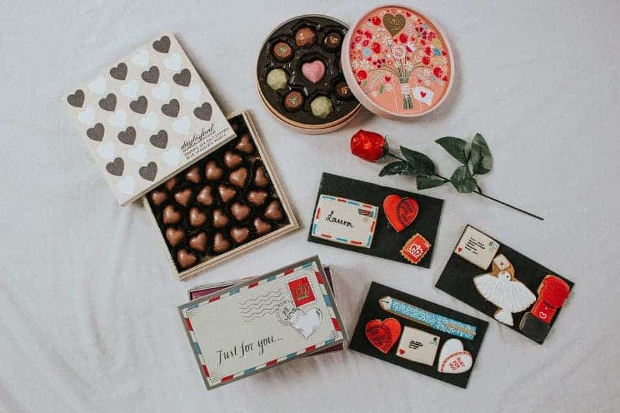 Valentine's Day Gifts For Her: Romantic, Sexy & Cute
