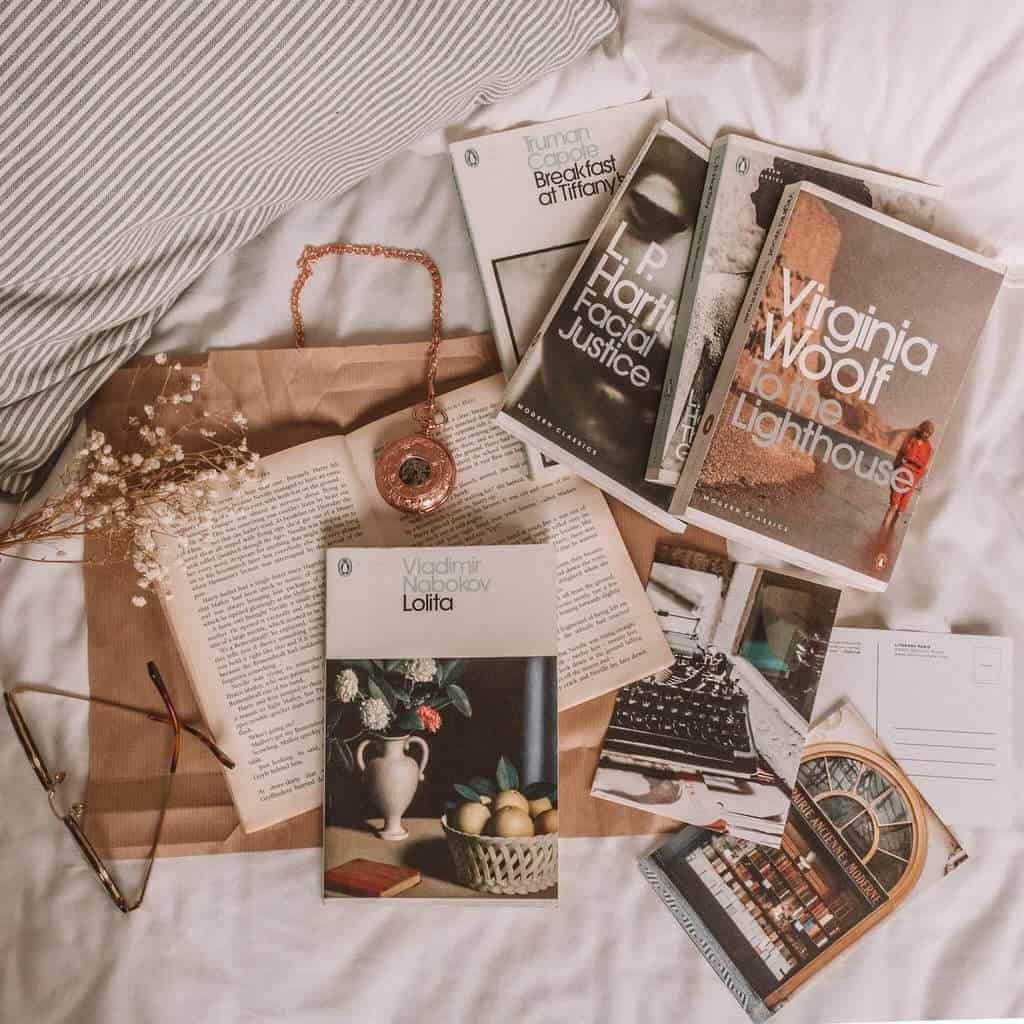 13 Controversial Books Like Lolita by Nabokov