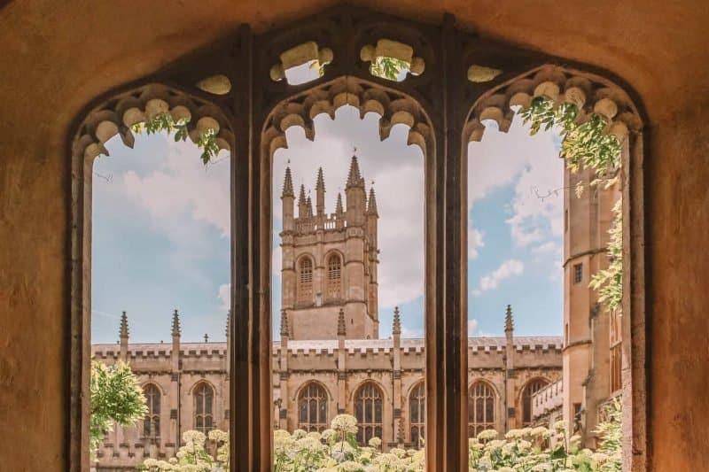 Inside Oxford University - cover