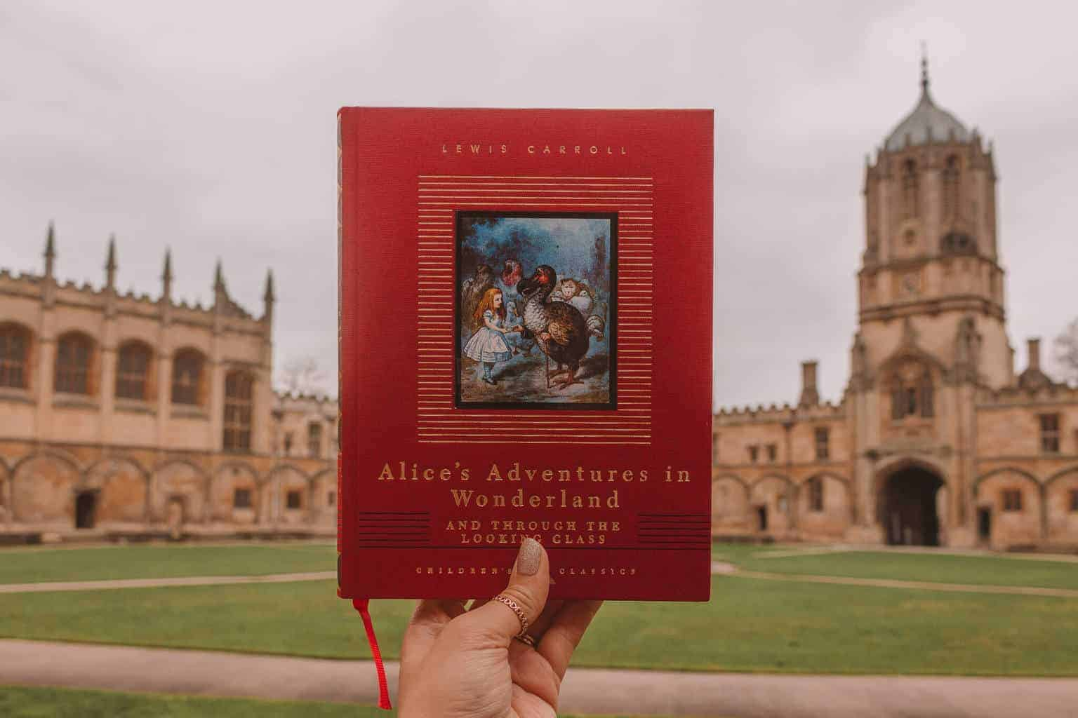 The Ultimate Guide to Alice in Wonderland in Oxford