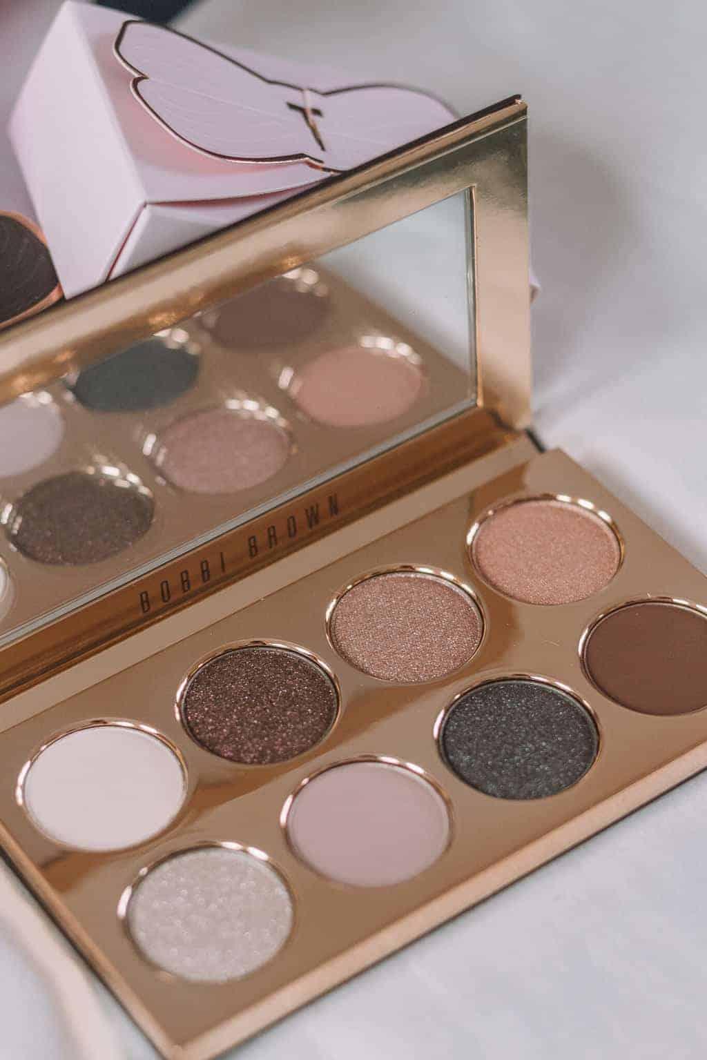 Bobbi Brown eye Shadow - Christmas Gift Guide 2018: Brilliant Christmas Gift Ideas For Her #whatshotblog