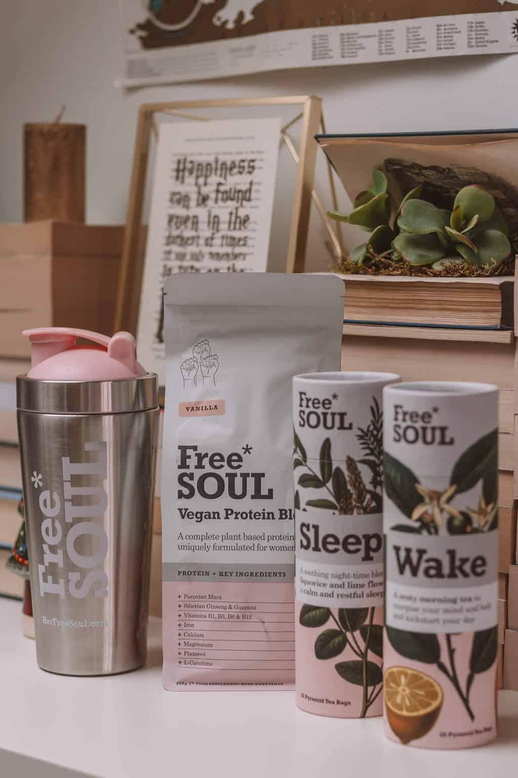 Free Soul - Christmas Gift Guide 2018: Brilliant Christmas Gift Ideas For Her #whatshotblog
