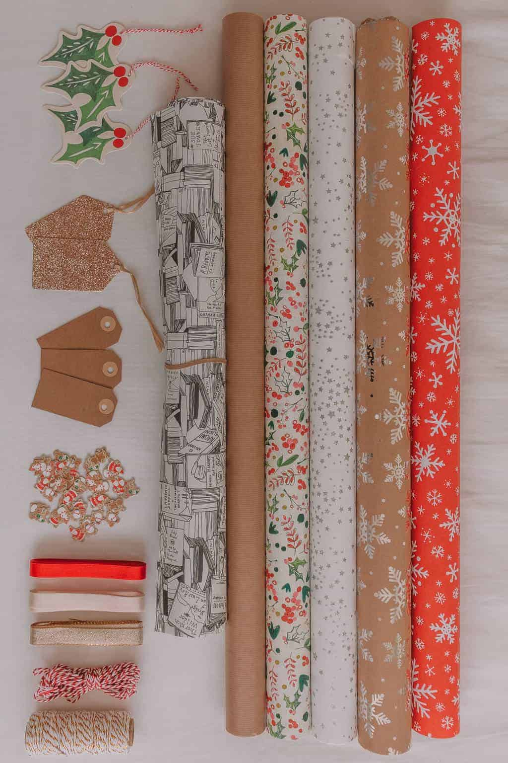 Easy Christmas Gift Wrapping Tutorial with Fresh Flowers