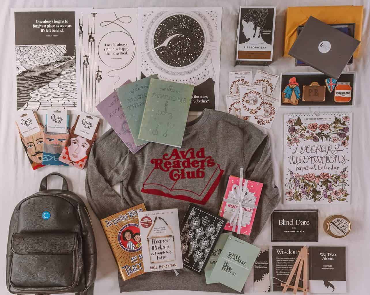 Christmas Gift Guide for Book Lovers 2018